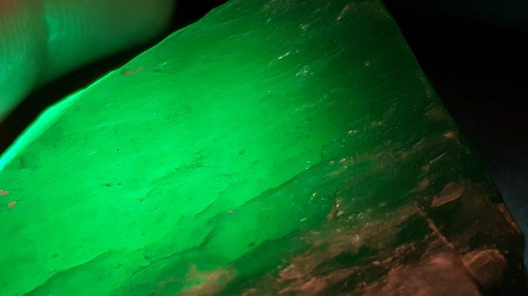 Chinese Green Apple Jade stone - 2