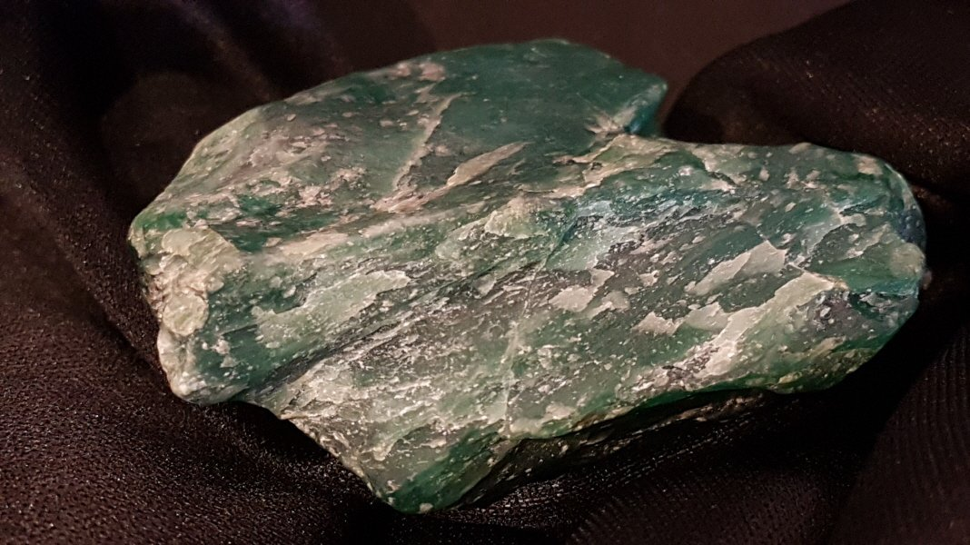 Chinese Green Apple Jade stone - 9