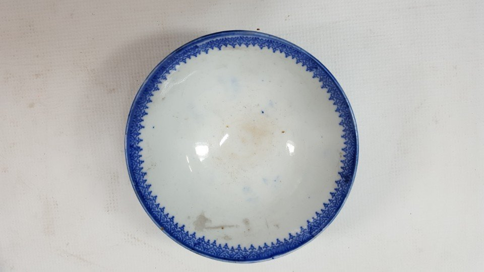 Chinese set of two blue and white bowls - 2