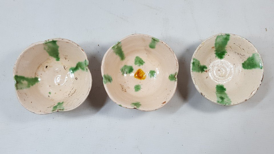 Chinese set of 3 flower cups from Liao dynasty