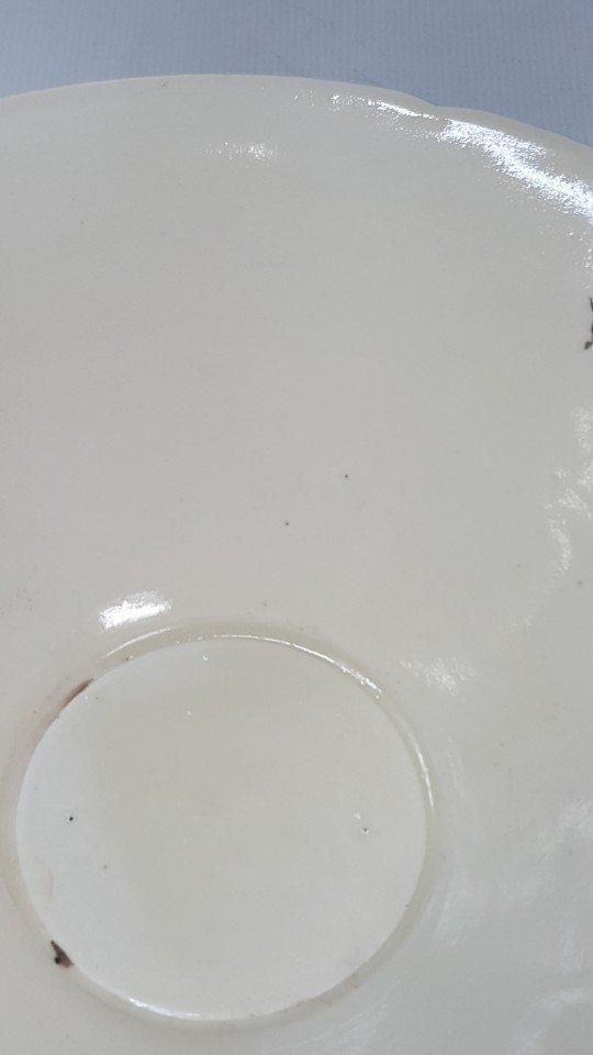 Chinese Porcelain Dingyao Lotus Petal  Bowl - 6