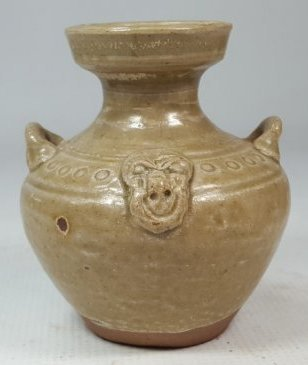 Chinese porcelain bottle from Dongjin period