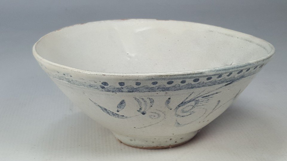 Chinese Early Ming Dynasty Blue and White Bowl