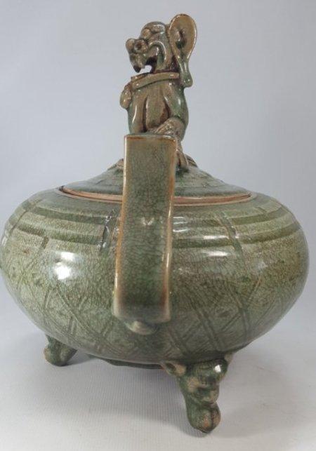 Chinese Porcelain Incense Burner Animal Detailed Lid - 3