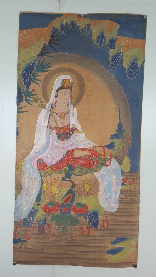 Chinese Scroll Hand Painting of Guanyin