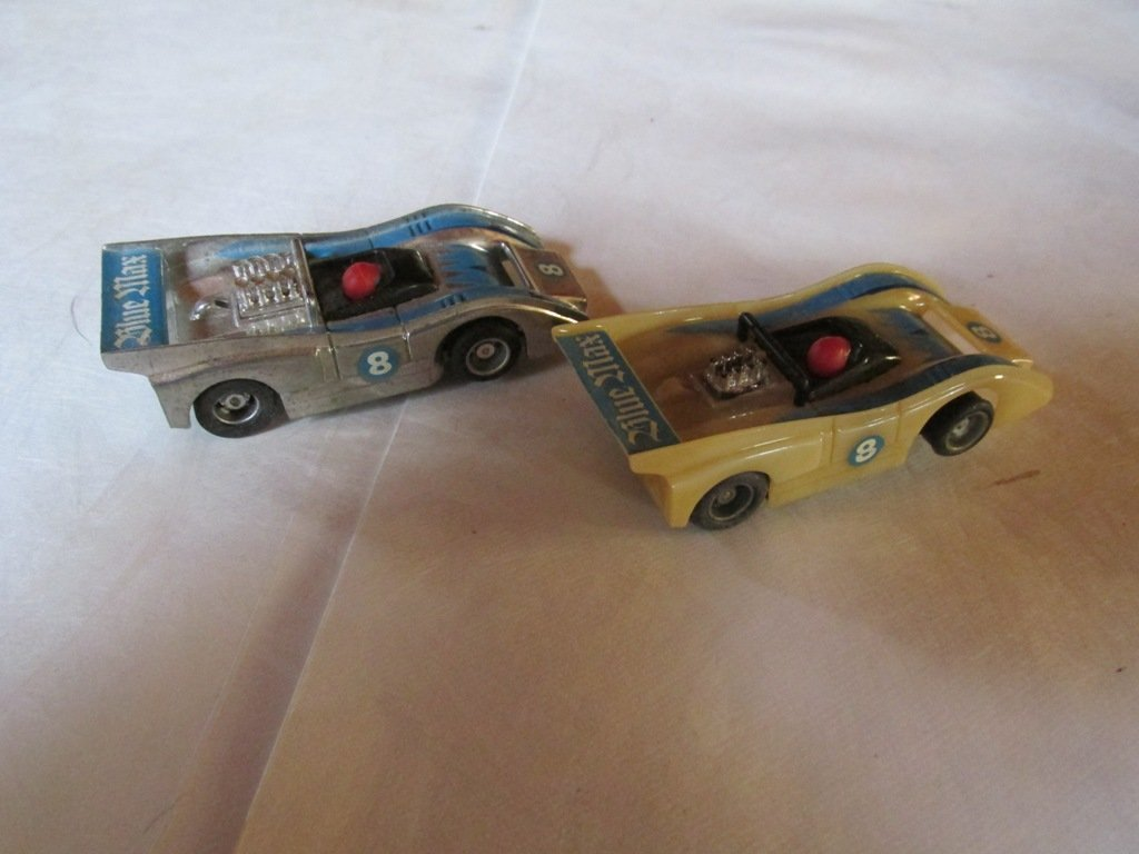 2 Vintage Tyco slot cars 2-3 inches - 3