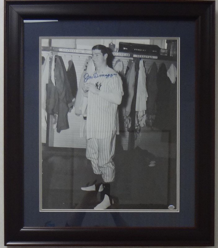 Large Framed 24x28 Joe Dimaggio Photo Coa CSC