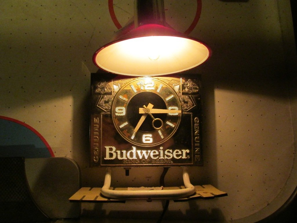 Vintage Budweiser Lamp and clock. 14 inches