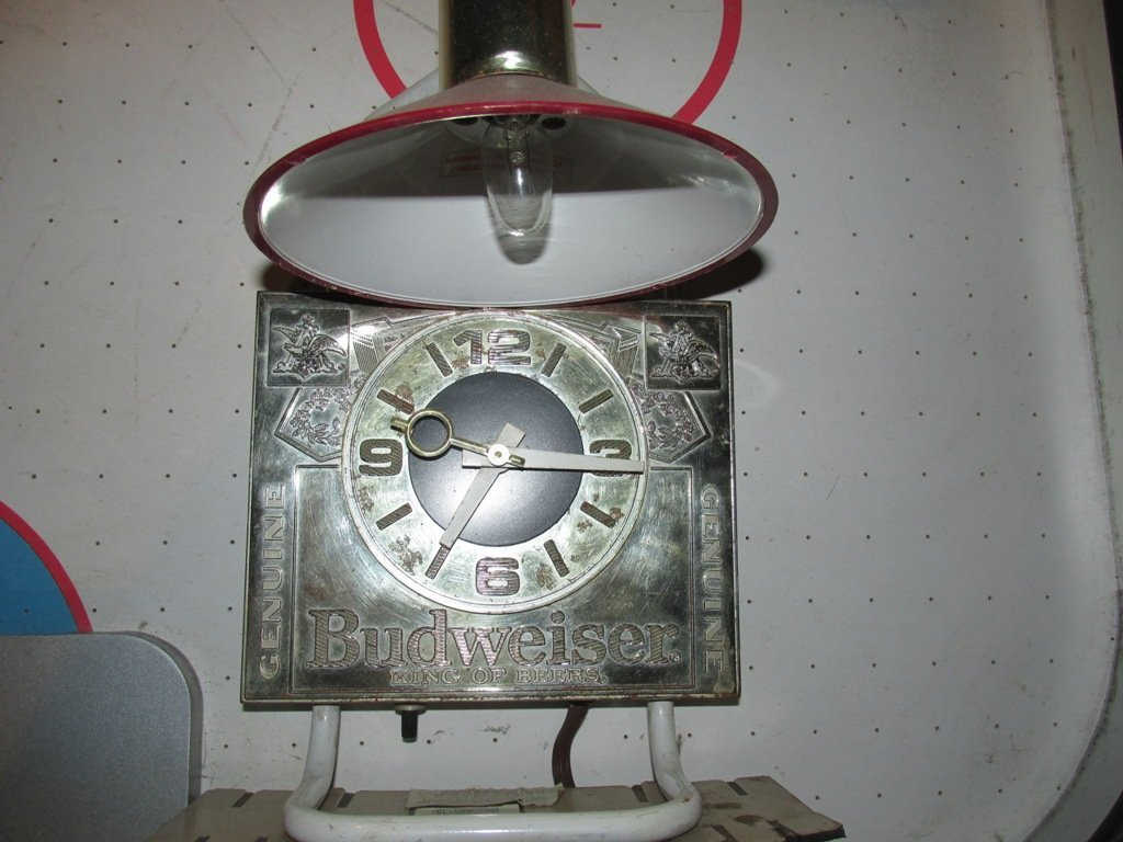 Vintage Budweiser Lamp and clock. 14 inches - 2