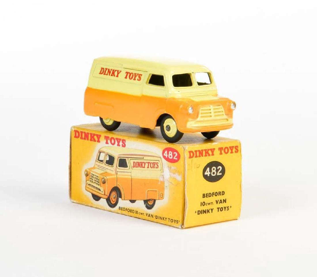 """Dinky Toys, Bedford 10 CWT Van """"Dinky Toys"""" 482"""