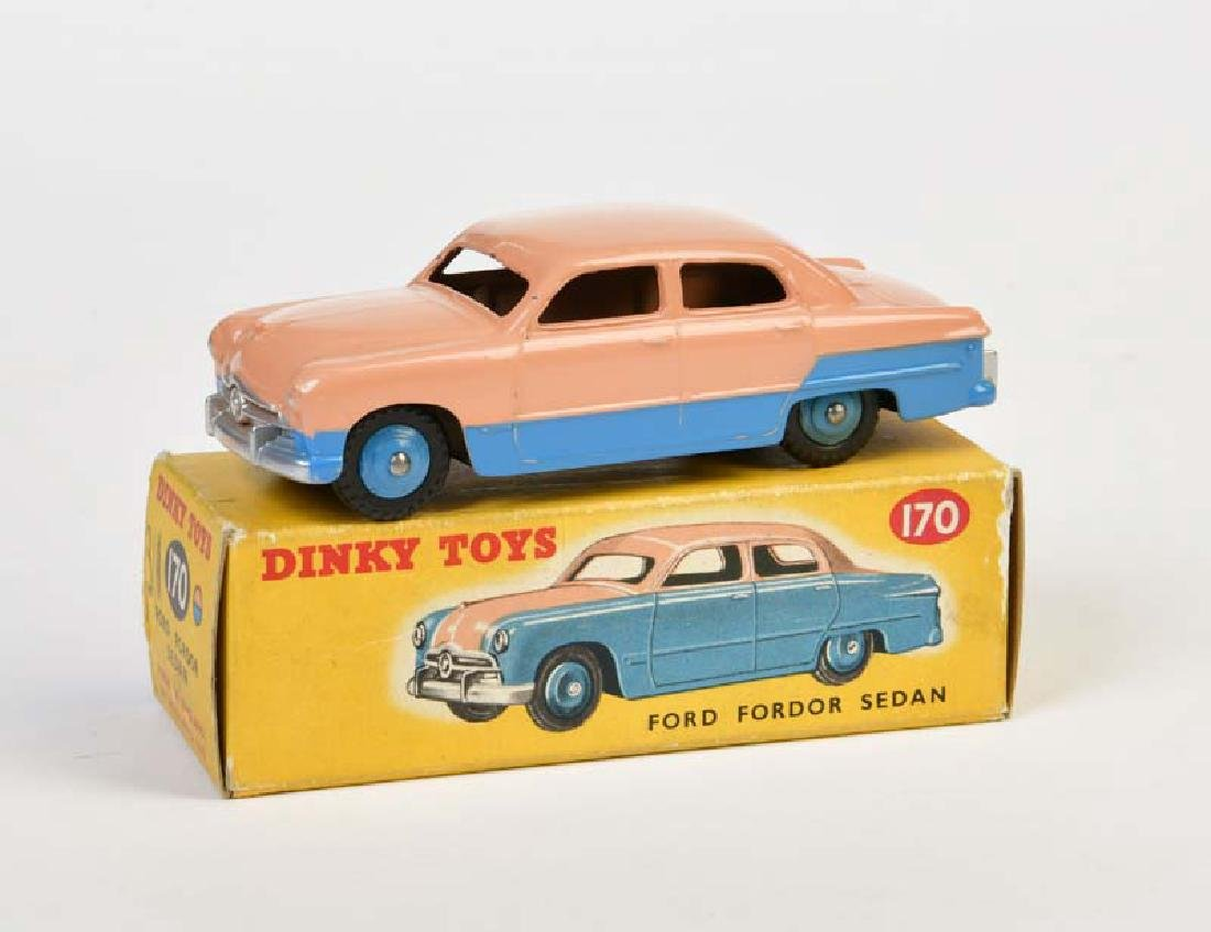 Dinky Toys, Ford Fordor Sedan