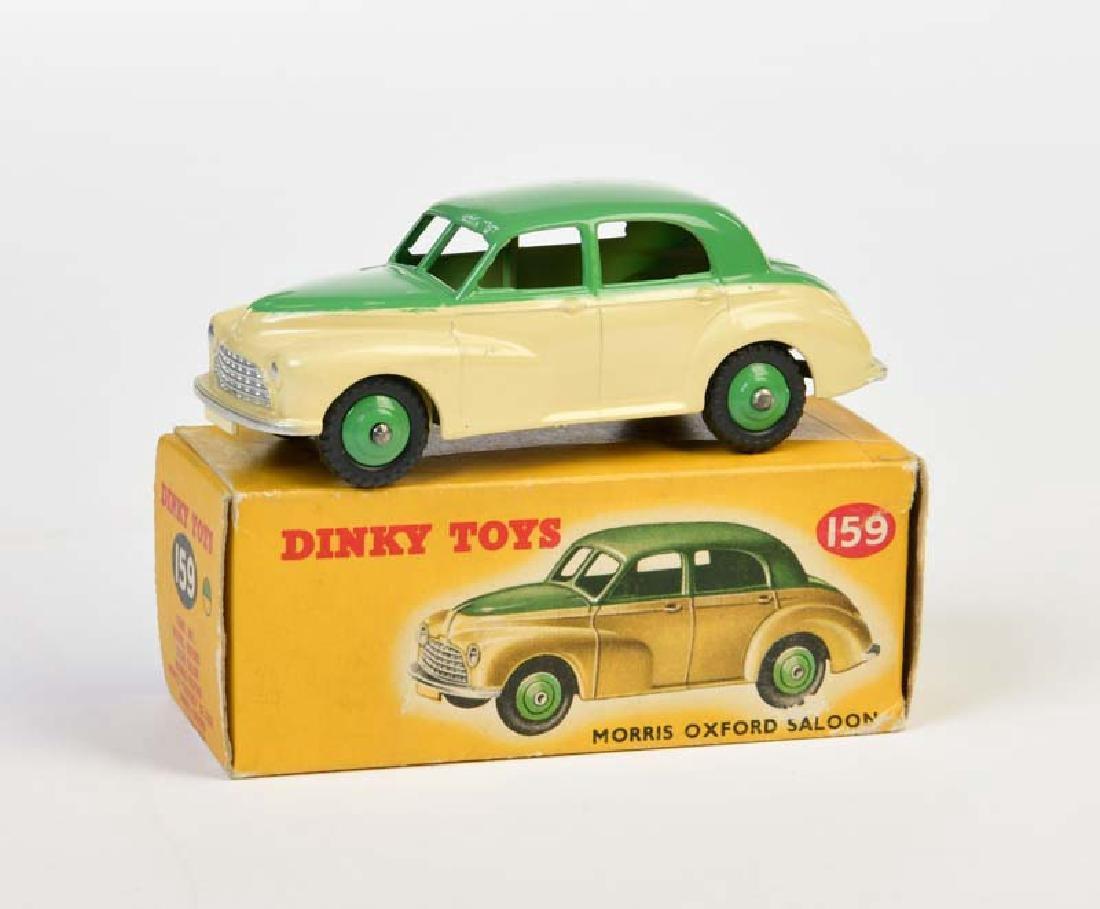 Dinky Toys, Morris Oxford Saloon
