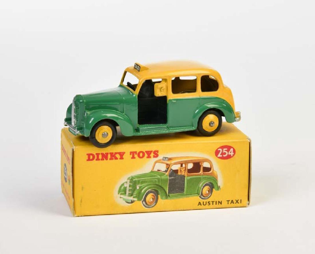 Dinky Toys, Austin Taxi 254