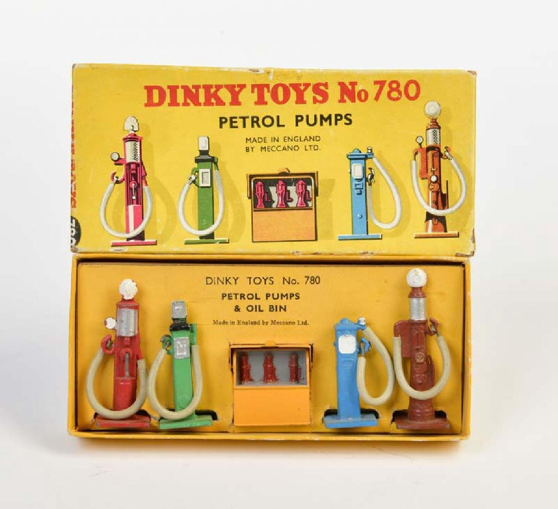 Dinky Toys, Petrol Pumps 780