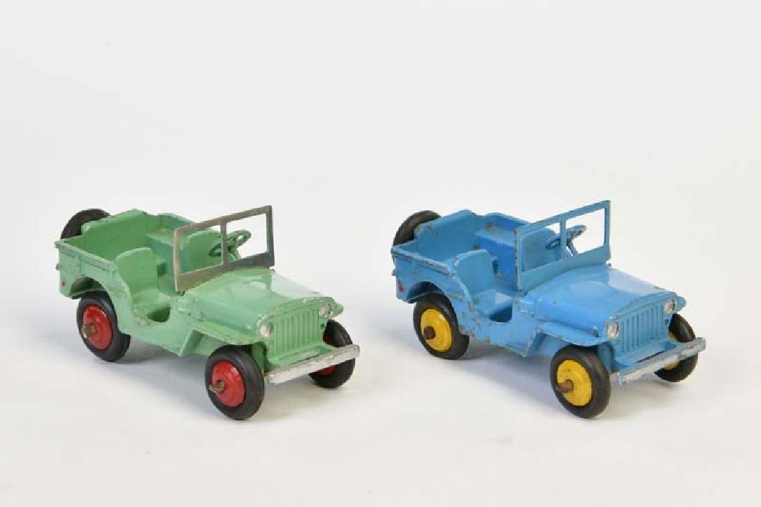 Dinky Toys, 2 Jeeps