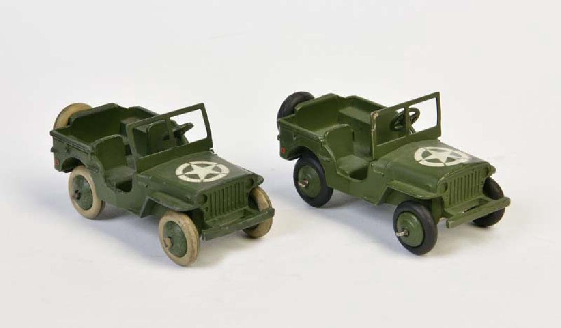Dinky Toys, 2 Militaer Jeeps