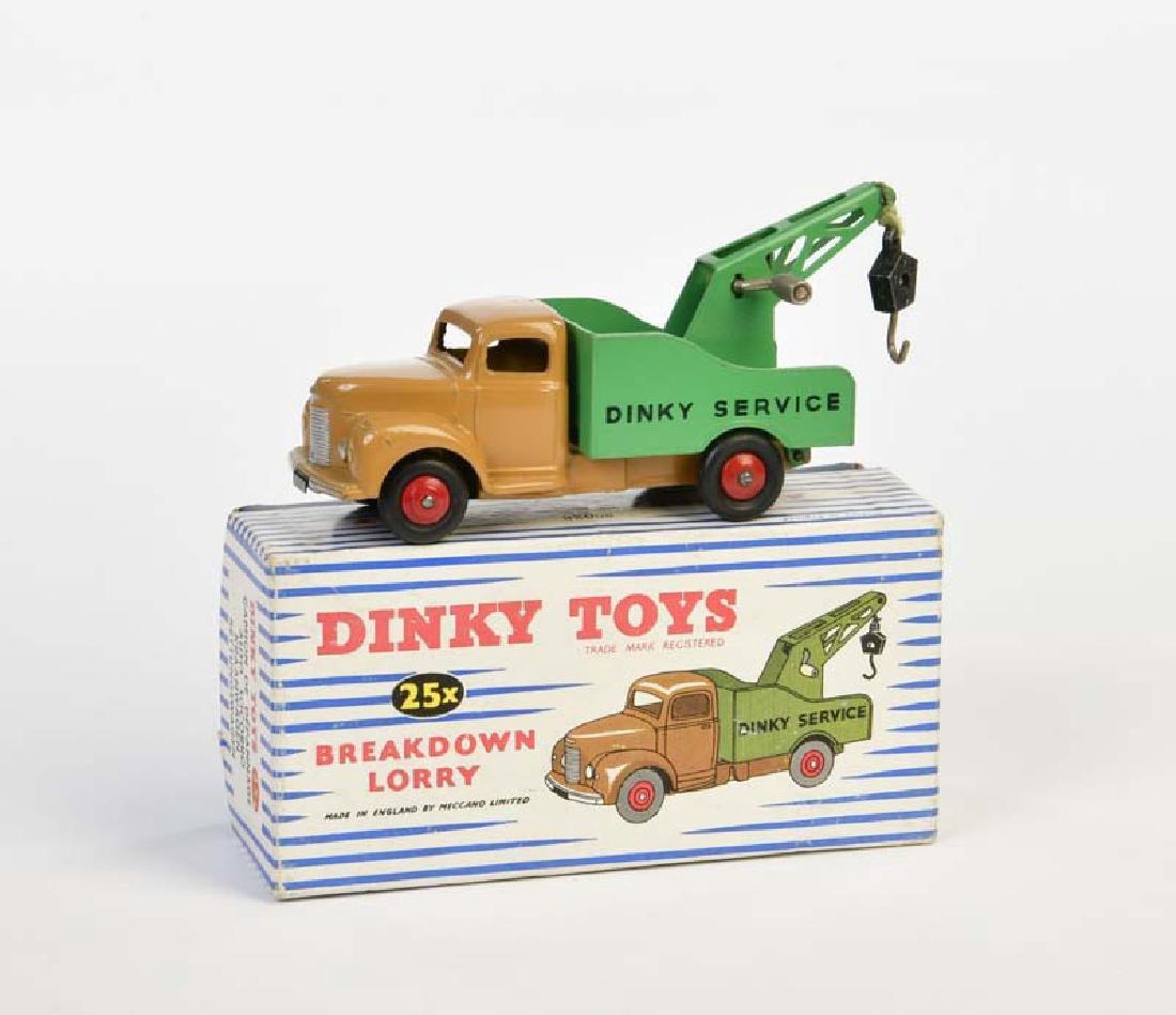 Dinky Toys, Break Down Lorry 25X