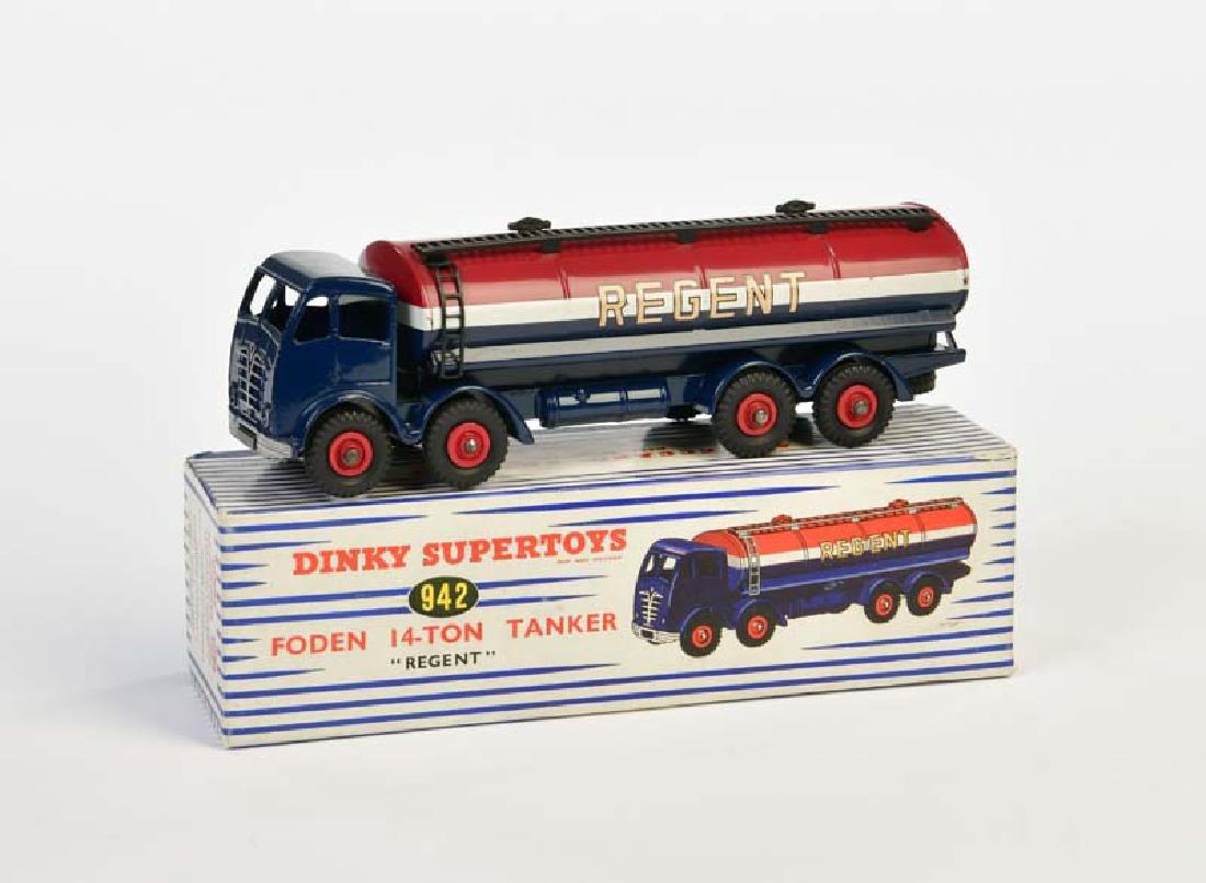 """Dinky Toys, Foden 14 Ton Tanker """"Regent"""" 942"""