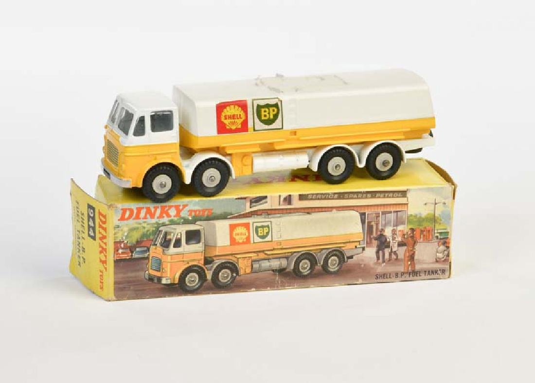 Dinky Toys, Shell BP Fuel Tanker 944