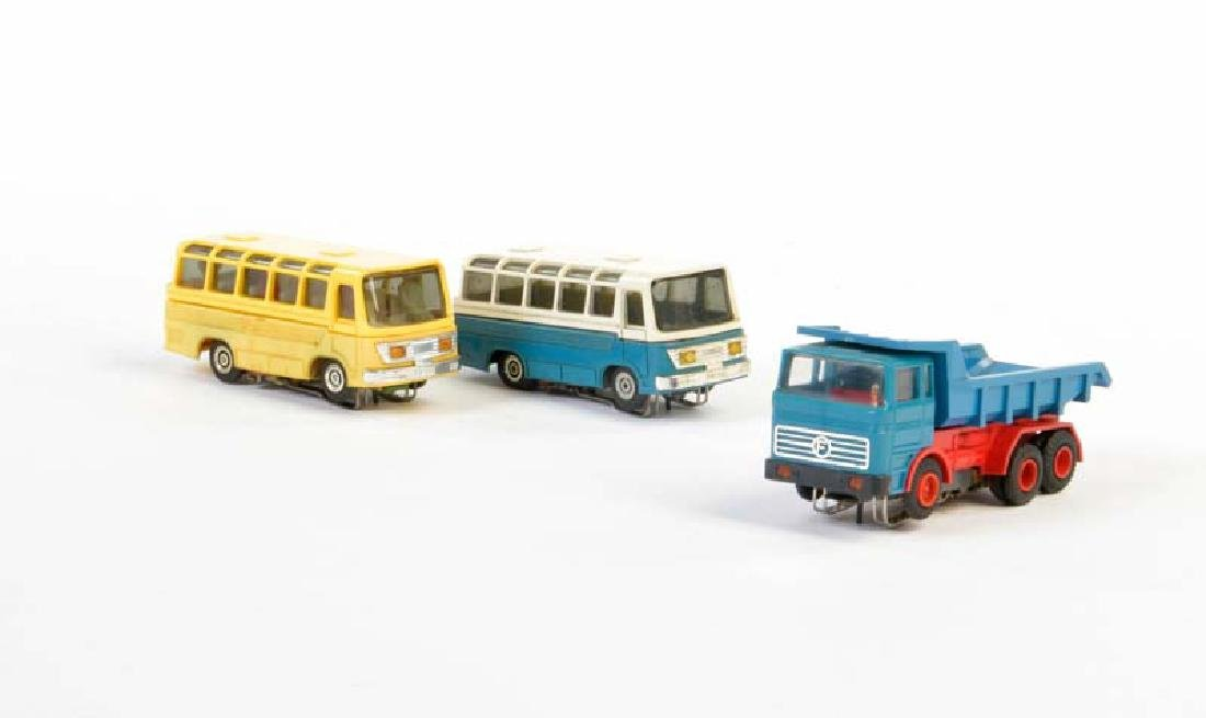 Faller, 2x Bus + LKW fuer AMS Bahn