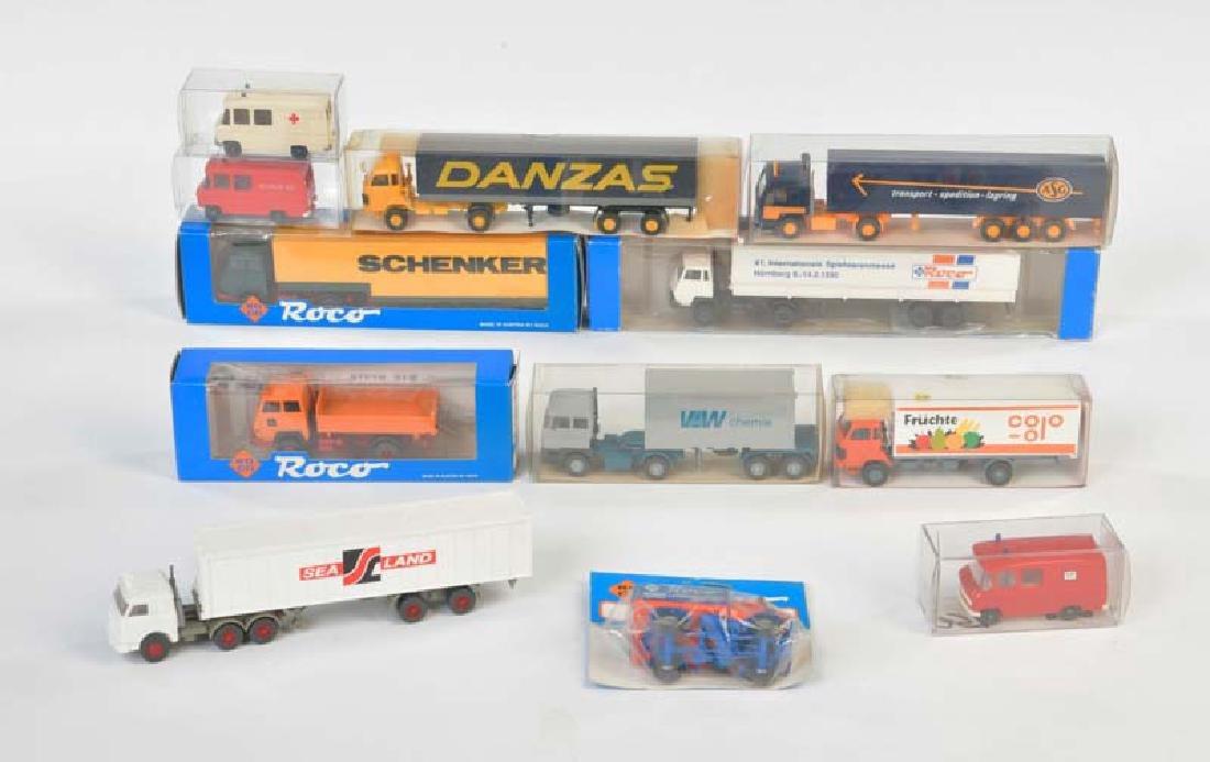 Wiking + Roco, 12 Fahrzeuge