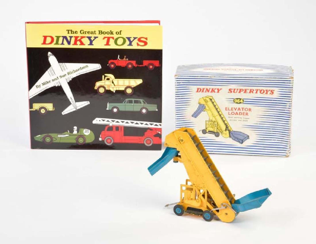 "Dinky  Toys, Buch ""Dinky Toy"" 292 Seiten + ""Elevator"