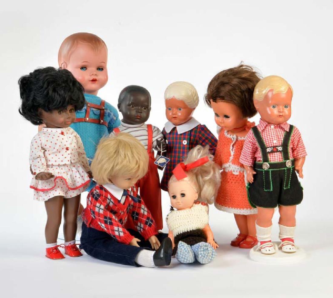Schildkroet u.a., 8 Puppen