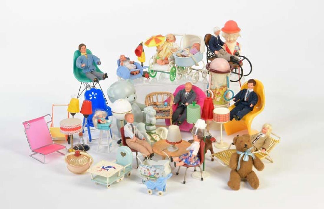 Steiff u.a., Puppenmoebel + Puppenwagen