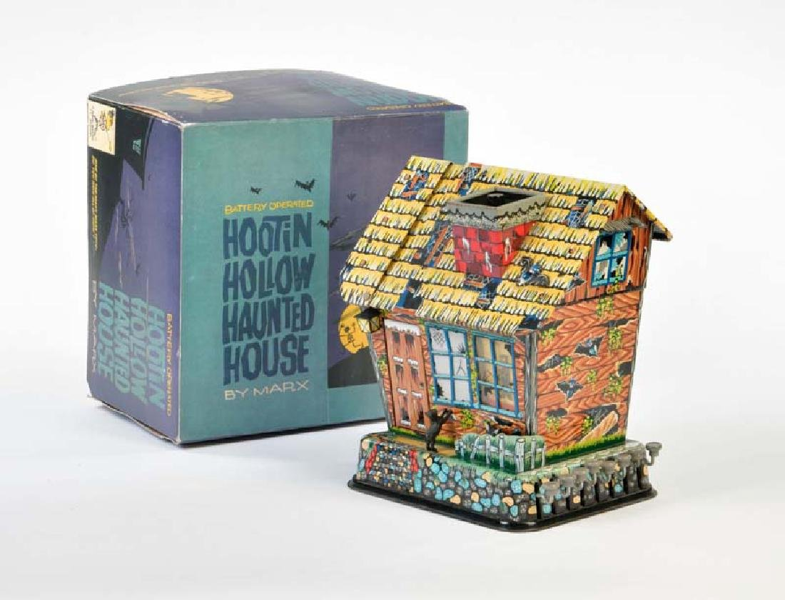 Marx, Hootin Hollow Hauted House