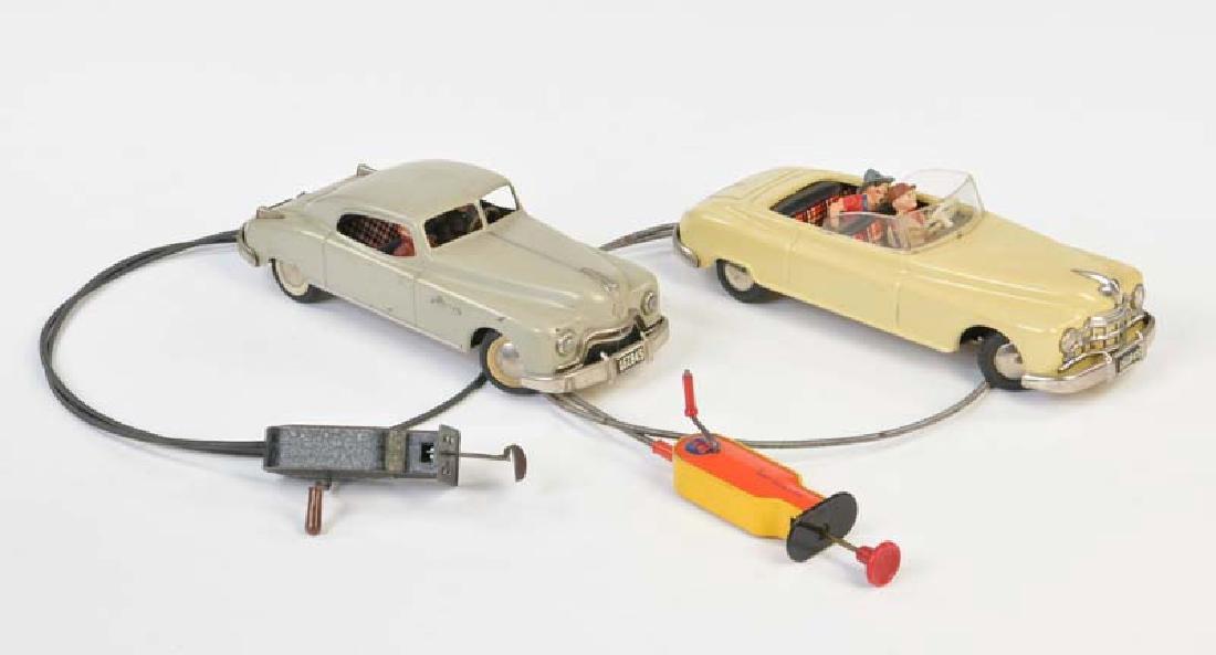 Arnold, 2 Autos mit  Kabelfernbedienung