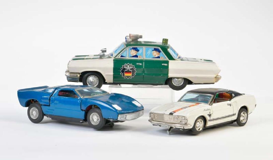 Bandai, Yone etc., 3 Autos