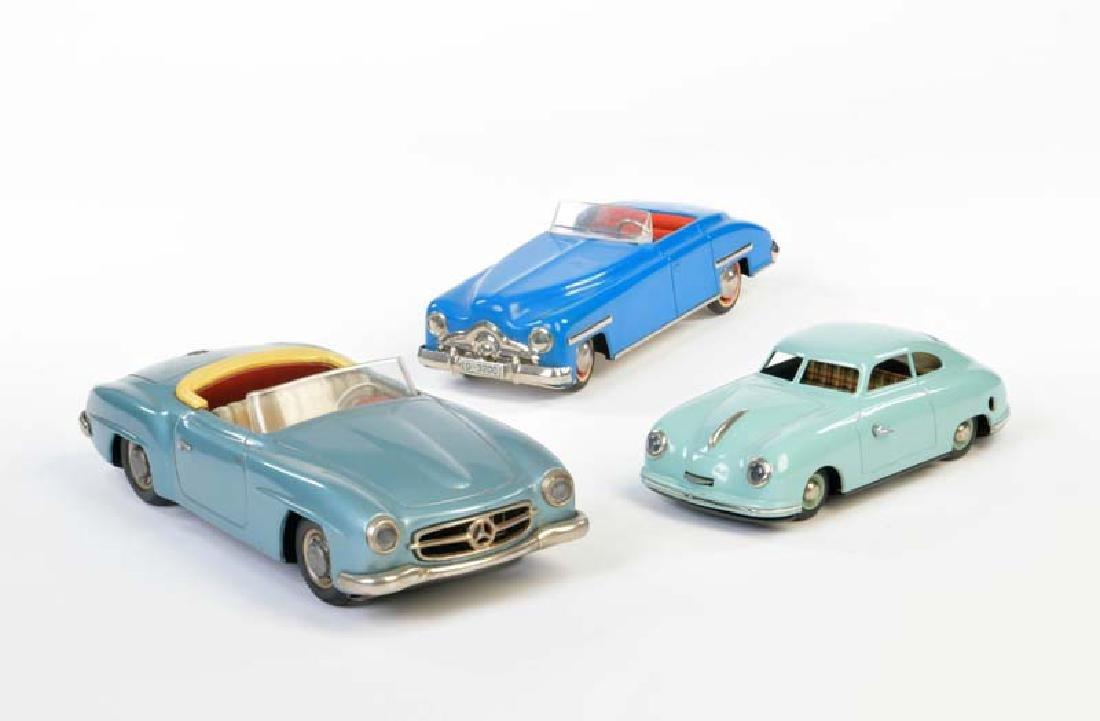 JNF u.a., 3 Autos