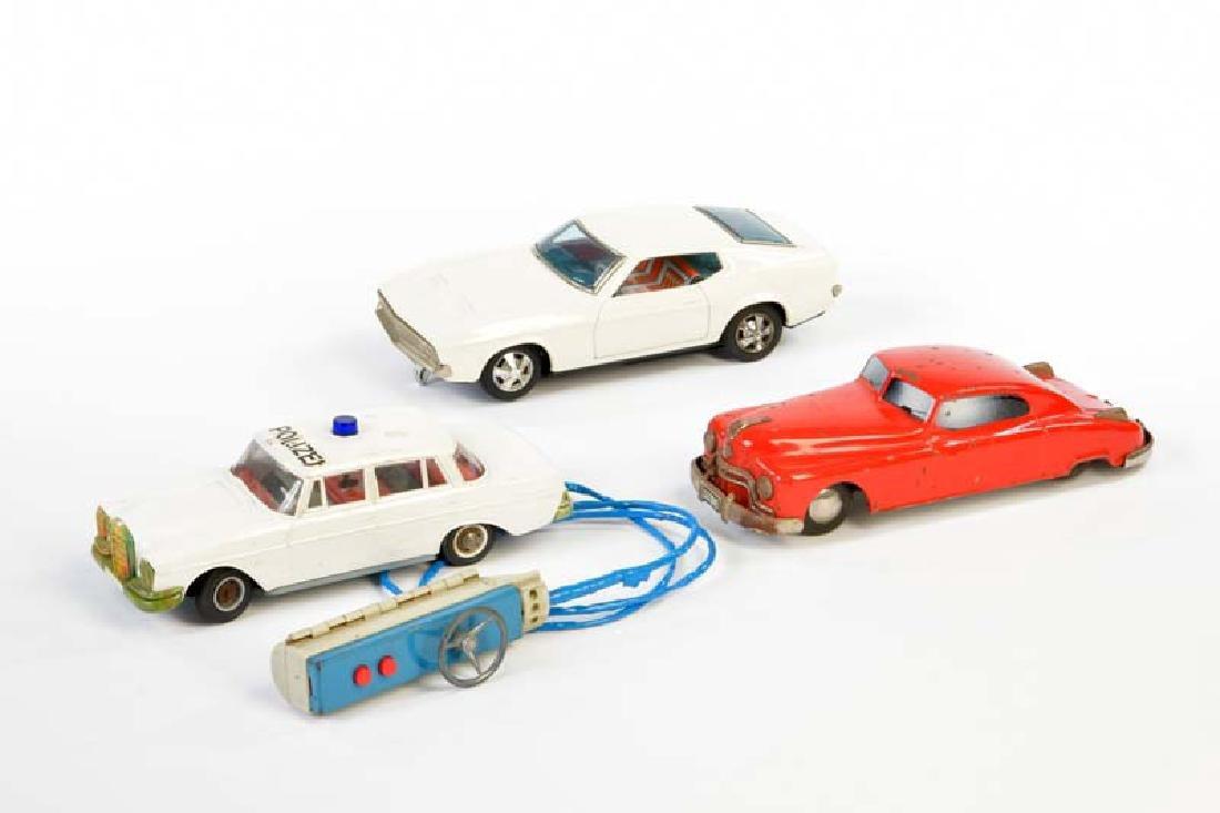 Arnold, Gama u.a., 3 Autos