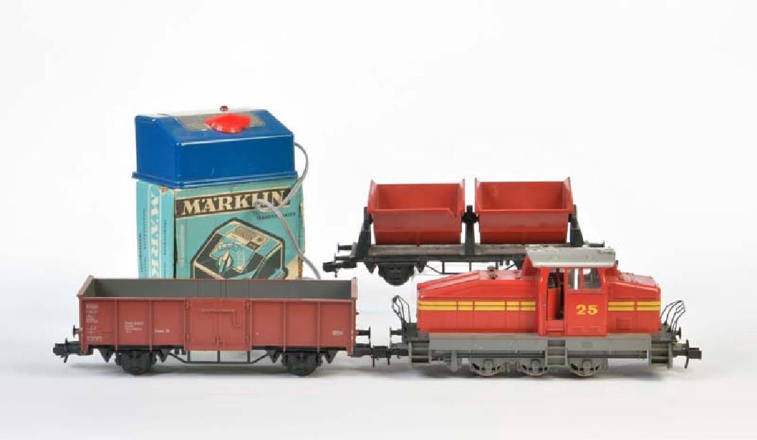 Marklin, Spur 1 Lok, 2 Wagen + Trafo