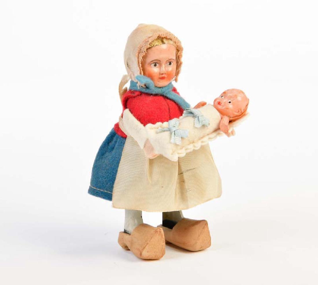 Schuco, Hollaenderin mit Baby