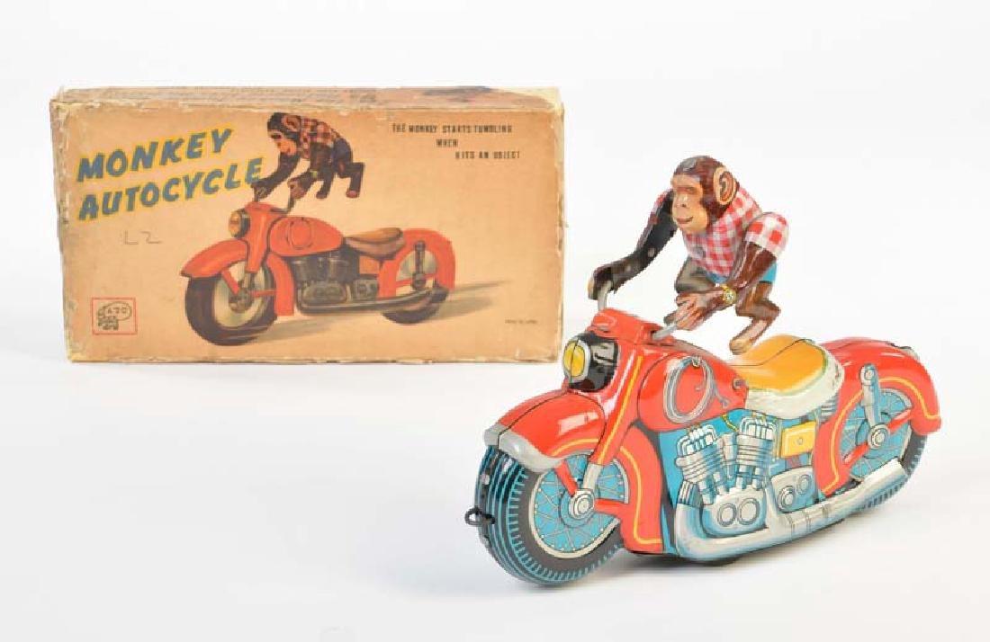 ATC, Motorrad mit Affe