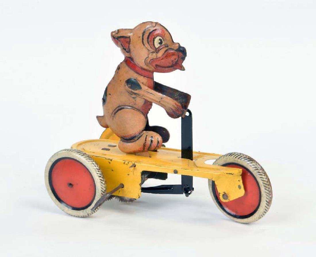 Bell, Hund auf Dreirad