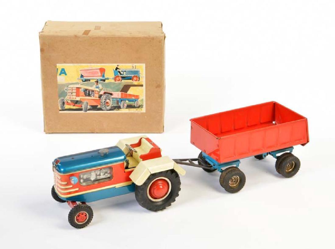 Gama, Traktor mit Anhaenger