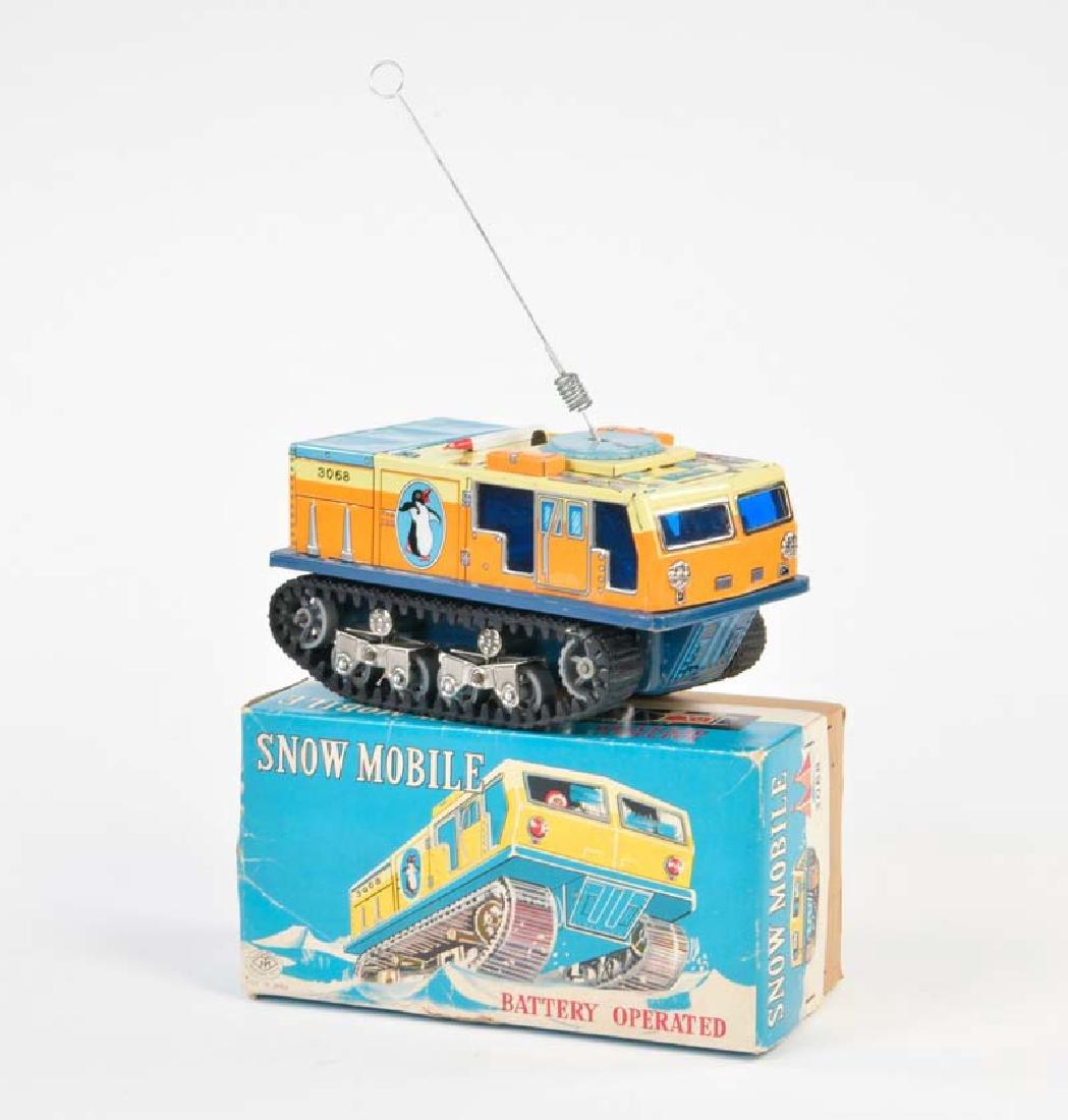 Modern Toys, Snowmobile