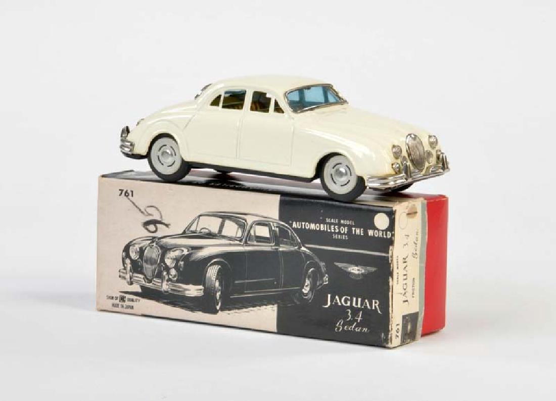 Bandai, Jaguar Sedan Car No 761