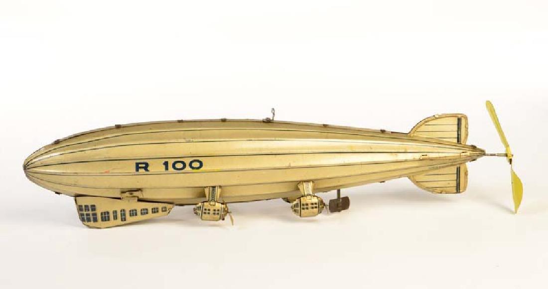 Tippco, Zeppelin R 100