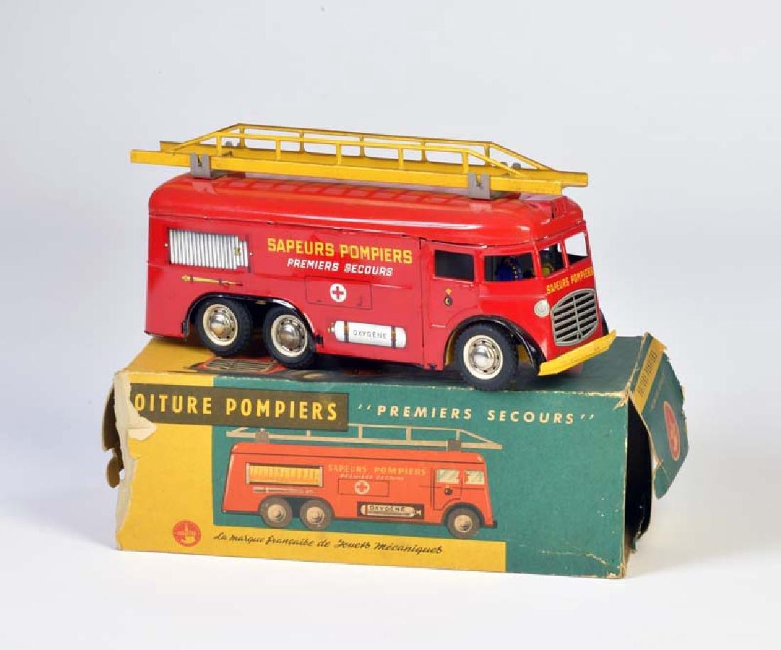 Joustra, Feuerwehr