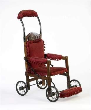 Antiker Rollstuhl um 1880