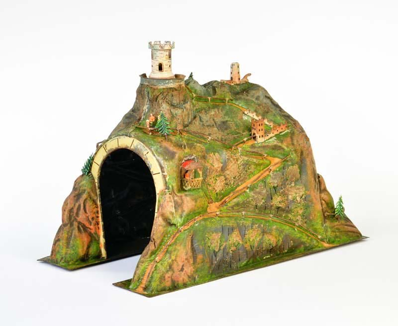 Märklin, Blechtunnel mit Burgruine 2523/1 (1902-1920)