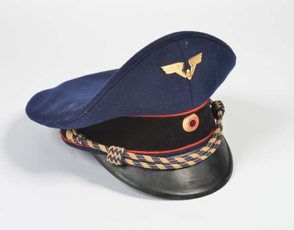 Carl Isken Uniform Muetzenfabrik Koeln,