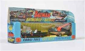 Corgi Toys Gift Set 3 Bat Mobile Bat Boat   Trailer