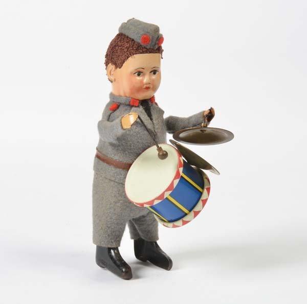 Schuco, Soldat mit Trommel + Tschinellen