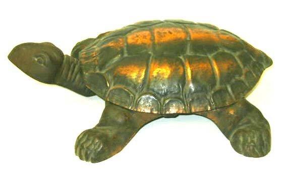 379: Western Americana Saloon Turtle Spittoon
