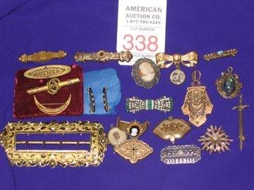 338: Costume Jewelry Lot