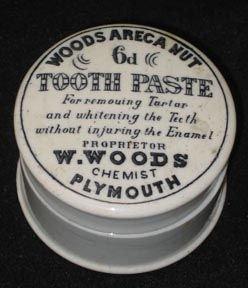 346: English Pot Lid To othpaste